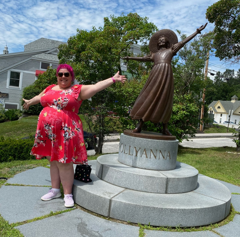 Littleton New Hampshire Pollyanna statue